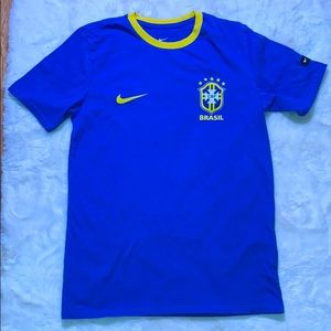 2018-2019 Brazil Nike Core Crest Tee Mens' Small